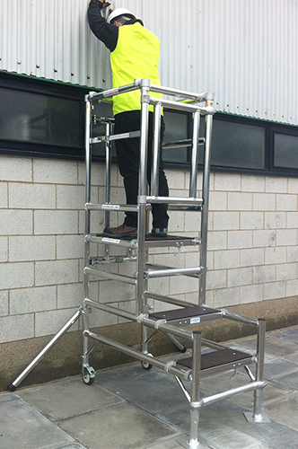 Low Cost Podium Step Hire